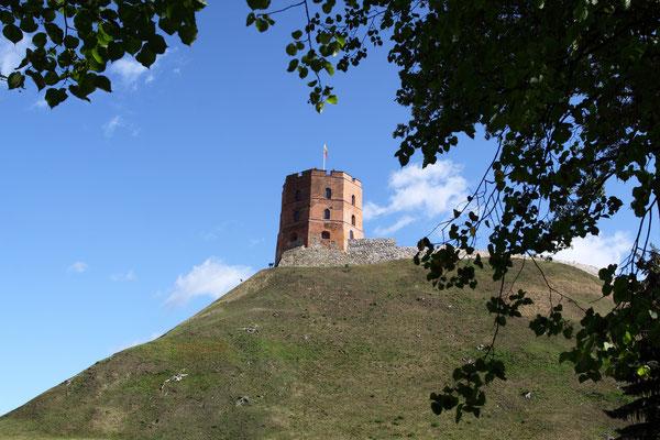 Der Gedminasturm auf dem Burgberg aus dem späten 14. Jhdt. ist das älteste Bauwerk in Vilnius
