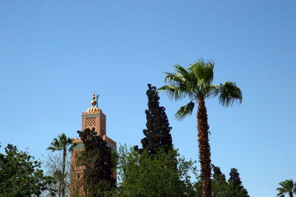 Das Wahrzeichen von Marrakesch - die Koutoubia: 800 J. alte Almohadenmoschee