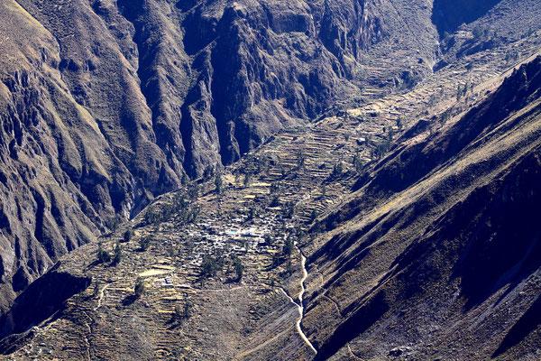 Einige Dörfer sind erst seit wenigen Jahren über Straßen erreichbar.