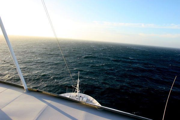 Über den Nordseekanal ab Amsterdam in die Nordsee Richtung Norwegen