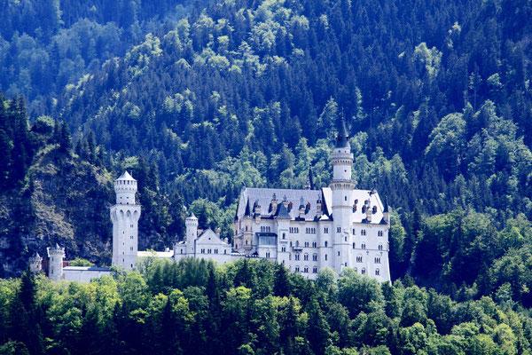 Schloss Neuschwanstein-Baubeginn 1869 wurde nie wirklich fertiggestellt. Bauherr König Ludwig II sah es als ein Denkmal mittelalterlicher Kultur
