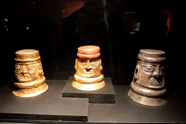 Weiterhin können Figuren aus der frühen Moche-Kultur (1. - 8. Jhdt.) bestaunt werden.