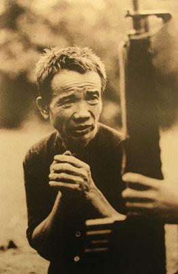 da hilft kein Beten - jeder getötete Vietnamese war für die Amerikaner automatisch ein Vietcong