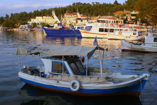 Hafenromantik im alten Kriegshafen von Limenas