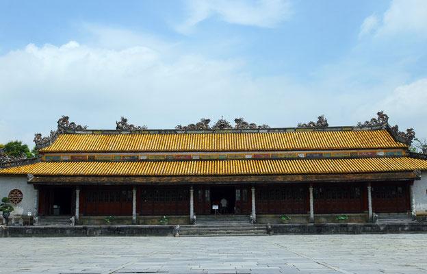 Der Ngu-Phung-Pavillion diente einst zur Bekanntgabe wichtiger Angelegenheiten durch den Kaiser