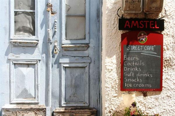 Historische Eingangstür in Limenaria