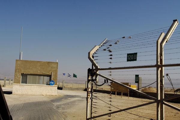 und wieder ein checkpoint im Grenzgebiet zu Jordanien