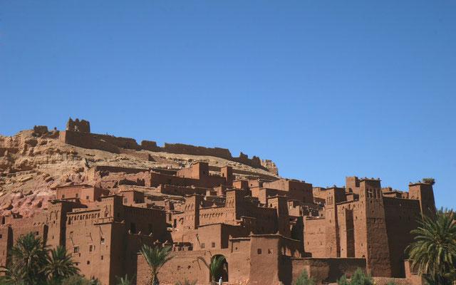 Faszinierendes Bauwerk entstanden aus mehreren verschachtelten Kashbas