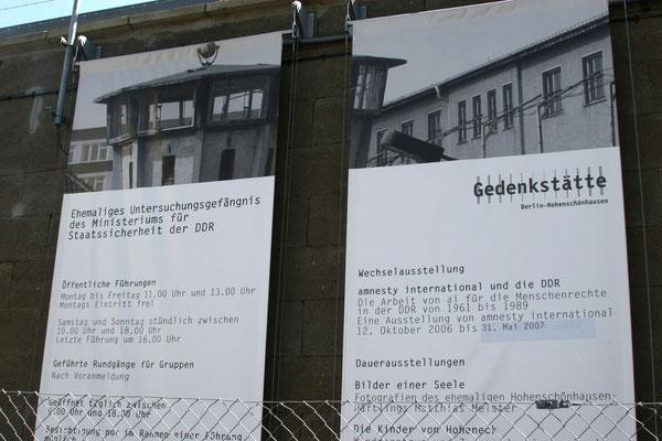 Die Gedenkstätte Berlin-Hohenschönhausen besteht aus den Räumlichkeiten der ehemaligen zentralen Untersuchungshaftanstalt der Staatssicherheit der DDR, die von 1951 bis 1989 in Berlin-Alt-Hohenschönhausen in Betrieb war.