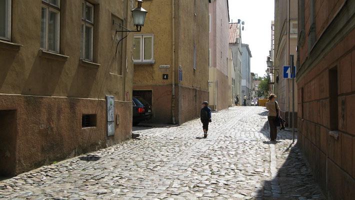 Klaipeda hatte vor dem 2. Weltkrieg etwa 40.000 Ew., nach Rückeroberung durch die Sowjetarmee blieben noch ganze 28 (!) Einwohner übrig.