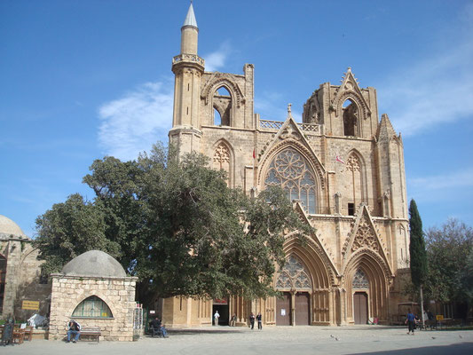 Lala Mustafa Pasa Moschee in Famagusta, frühere St. Nikolaos Kathedrale bis ins späte 16 Jh