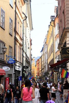 Gamla Stan, die Altstadt von Stockholm und gleichzeitig bedeutenste Kneipenszene , glänzt durch bis zu 400 Jahre alte Kaufmannshäuser