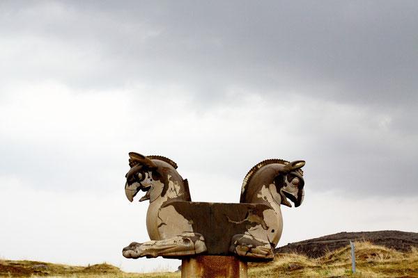 Skulpturen an der Straße der Armee