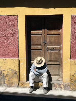 Siesta in Cabanaconde, einem kleinen Dorf am Rand des Colca-Tals.
