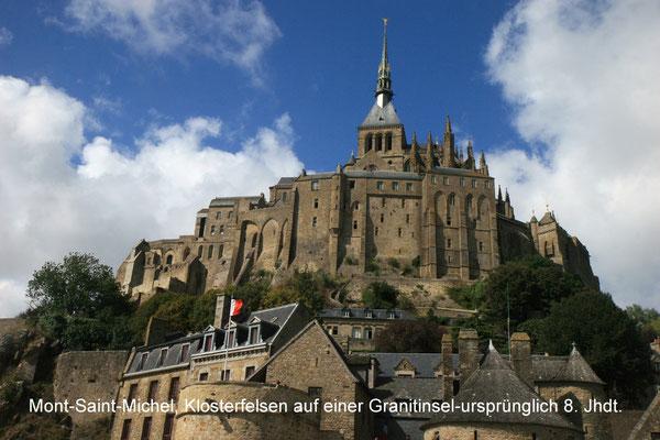 Le Mont-Saint-Michel ist ein Felsenkloster mit 44 Einwohnern, das 708 gegründet wurde. Es liegt auf der felsigen Insel Mont Saint-Michel im Ärmelkanal