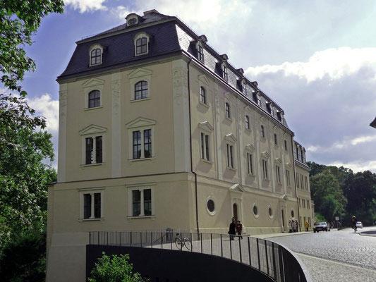 Anna Amalia - Herzogin zu Sachsen-Weimar-Eisenach in Weimar mit ihrer weltberühmten Bibliothek, innen mit dem wunderschönen Rokokosaal