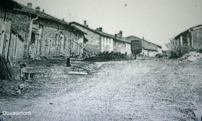 das Dorf Douaumont damals.....