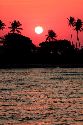Die Sonnenuntergänge Afrikas sind die schönsten der Welt. Das Foto ist unbearbeitet. Kwa heri Zanzibar.