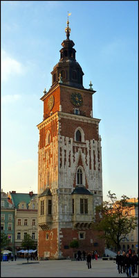 Gotischer Rathausturm: der einzig verbliebene Teil des 1820 abgerissenen Rathauses