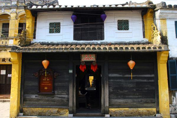 mehr als 800 alte Handelshäuser sind als historisch wertvoll eingestuft