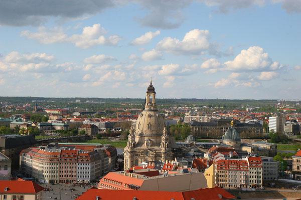 Sie wurde von 1726 bis 1743 nach einem Entwurf von George Bähr erbaut.