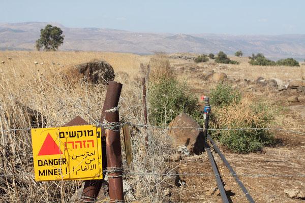 Durch die Angst Israels vor seinen Nachbarn sind die Grenzgebiete bis heute weiträumig vermint