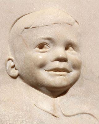 Höhepunkt und ein erschütterndes Mahnmal ist das childrens memorial, errichtet von den Eltern eines Kindes, das im Alter von 2 Jahren in Auschwitz ermordet wurde.