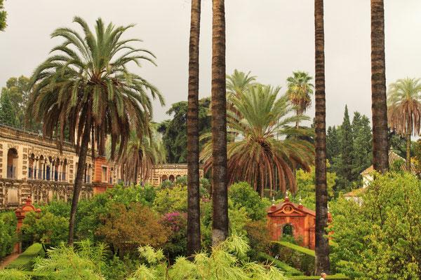 Die Schönheit der Gärten sind eine weitere herausragende Attraktion des Palastes.
