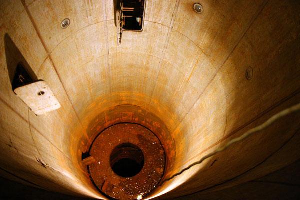 Gesamtlänge der Raketen 22m incl. 3 m atomarer Gefechtskopf, jede der 4 Rakenten trug ein Vielfaches der Zerstörungskraft von Hiroshima