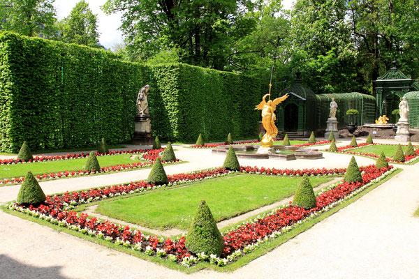 Von englischen Vorbildern stammt die Anlage der Gärten