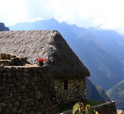 Man geht davon aus, das es sich um ein königliches Refugium handelt, eine Art Kurort oder Sommerresidenz, keinesfalls handelt es sich um die letzte Hauptstadt der Inkas
