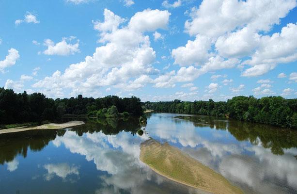 Loire - wunderschöner Fluss mit 57 historischen Stätten
