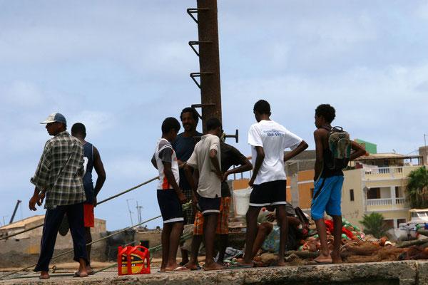 Die traditionelle Fischerei ist am alten Pier ist vom Tourismus getrennt