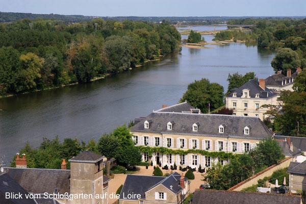 Blick vom Schloss auf die Loire
