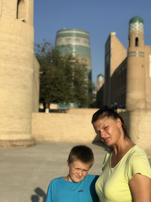 Schön vor allem bei Sonnenuntergang, die gesamte Altstadt Chiwas gehört seit 1990 zum UNESCO-Weltkulturerbe.