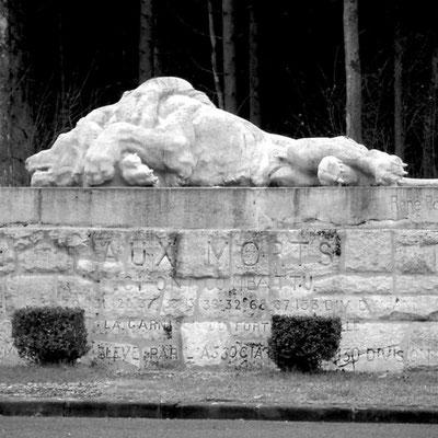 Denkmal des sterbenden Löwen - es markiert die Stelle des äussersten Punktes der deutschen Offensive in Richtung Verdun am 23.Juni 1916