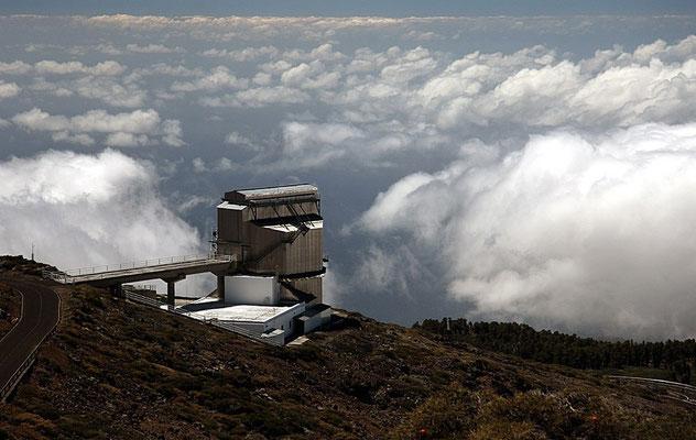 Der Berg gehört zum Parque Nacional de la Caldera de Taburiente und bildet den nordwestlichen Rand der Caldera.