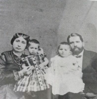 Da sie von ihrer Familie verstoßen wurde, floh sie zu ihrem Geliebten über Umwege nach Hamburg, wo die beiden auch heirateten. Da ihr Mann durch einen Unfall starb, blieb sie mit 3 Kindern allein und starb 1924 in Jena.