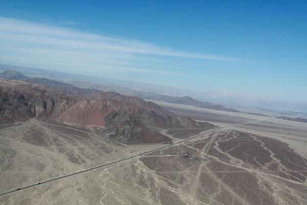 Südlich von Lima warten einige der historisch und auch landschaftlich wichtigsten Attraktionen des Landes, wie z.B. ein Flug über die Nazca-Linien an der Panamericana