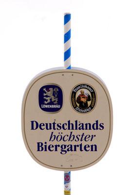 Am Gipfel verläuft die Grenze zwischen Deutschland und Österreich