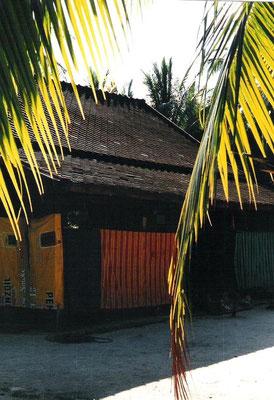 Das älteste heute noch bewohnte Haus auf Ko Samui wurde 1850 errichtet und kommt ohne einen einzigen Nagel aus