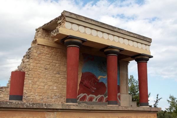 Obwohl es sich vielfach nur um eine Rekonstruktion handelt, wird deutlich, dass das minoische Kreta zur seiner Zeit die Blüte der europäischen Hochkultur gebildet hat.