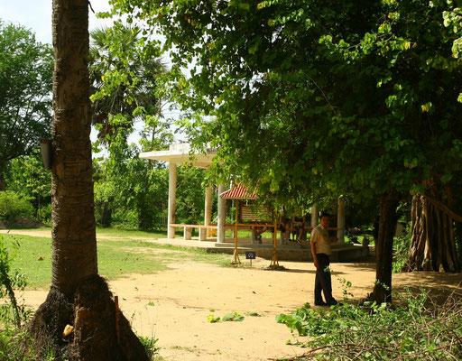 Mindestens 17.000 Menschen wurden hier zwischen 1975 und 1979 mit Knüppeln und Gewehrkolben erschlagen - die Roten Khmer wollten Munition sparen