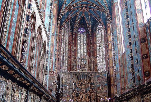 Kirche mit dem grössten Altar Europas, von Veit Stoss (11 x 13 Meter, 1477 - 1489 erstellt).