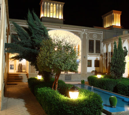 Historische und restaurierte Karawanserei, heute Hotel