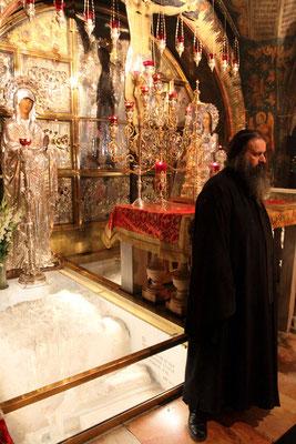 Der Ort wird ständig von griechisch-orthodoxen Mönchen bewacht.