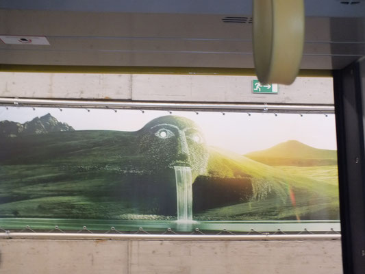 Wandbild in Tiefbahnhof Congresszentrum