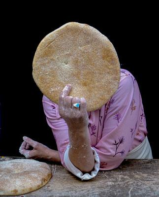 Brotverkäuferin in Tanger