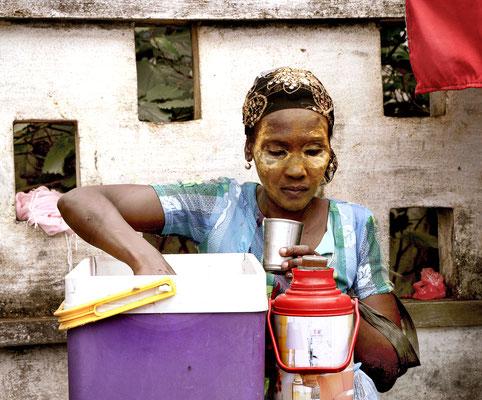 Wasserverkäuferin