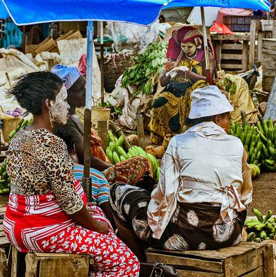 Marktfrauen auf den Komoren